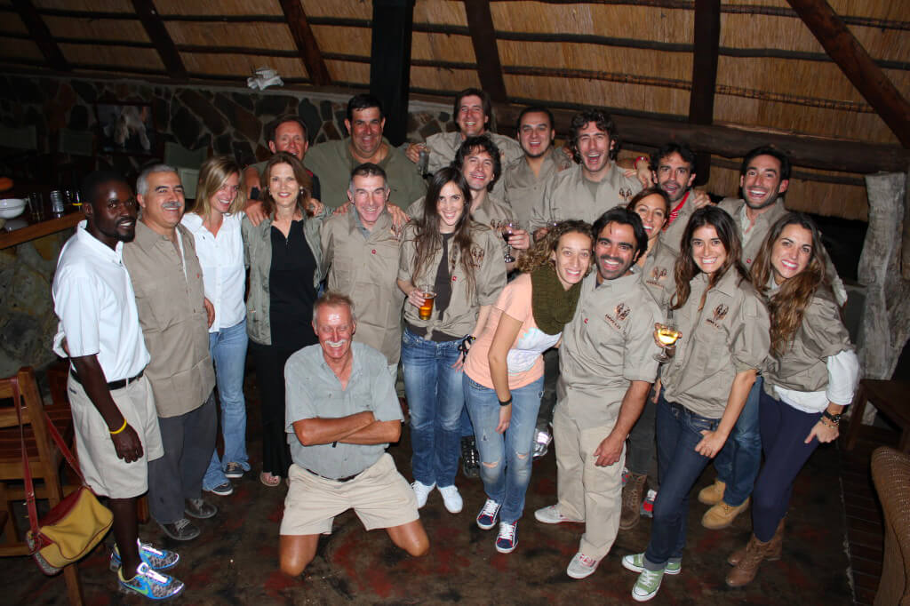 Una grande famiglia di Spagnoli, Italiani, Americani e Zimbabwesi